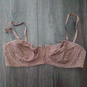 Free people bra size 34B